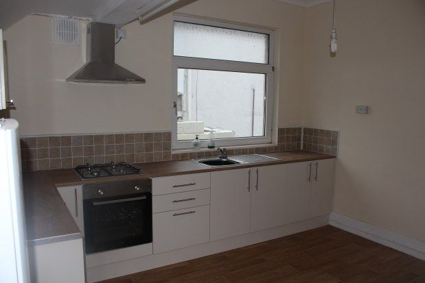 Thumbnail Property to rent in Mansel Road, Swansea