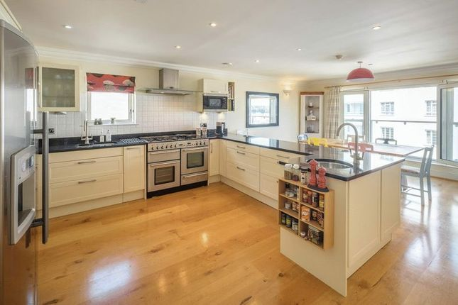 Thumbnail Property for sale in Castle Road, Cowes, Isle Of Wight
