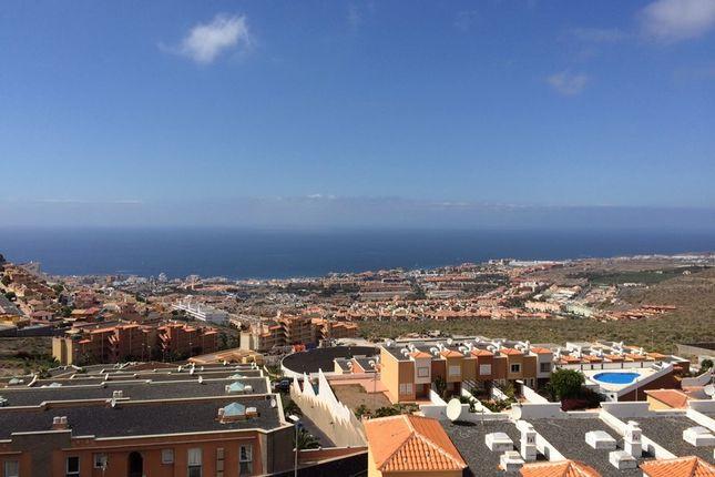 2 bed apartment for sale in Roque Del Conde, Tenerife, Spain