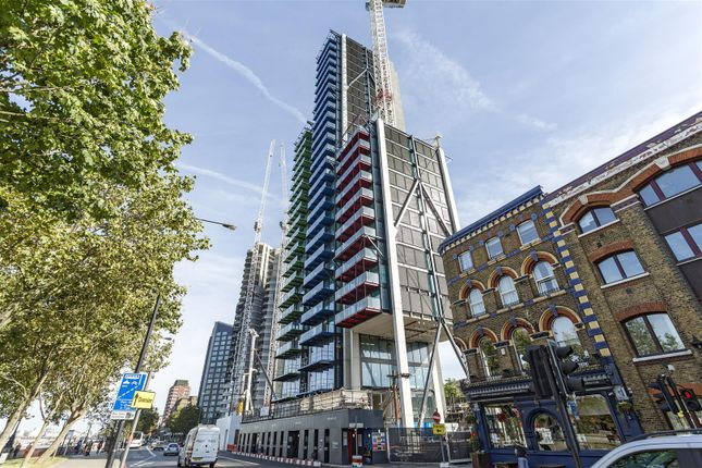 Thumbnail Flat for sale in Merano Residences, 30 Albert Embankment, Nine Elms, London