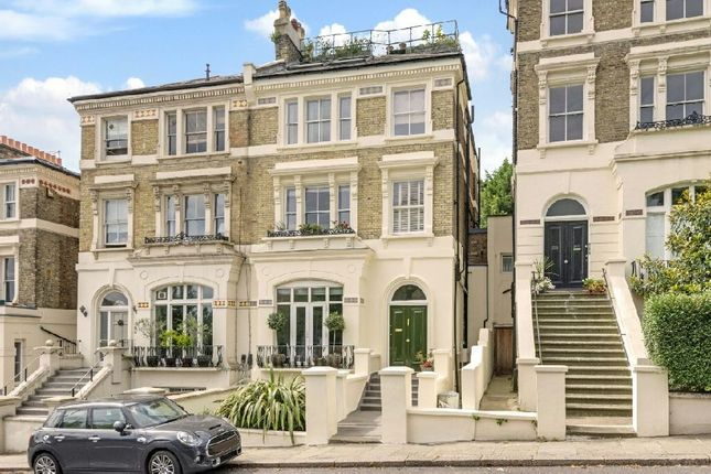 Thumbnail Flat for sale in Highgate West Hill, Highgate