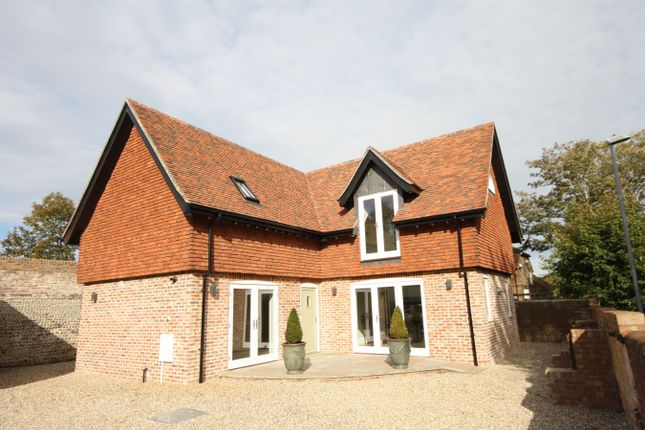 Thumbnail Detached house for sale in Belle Hill, Bexhill On Sea