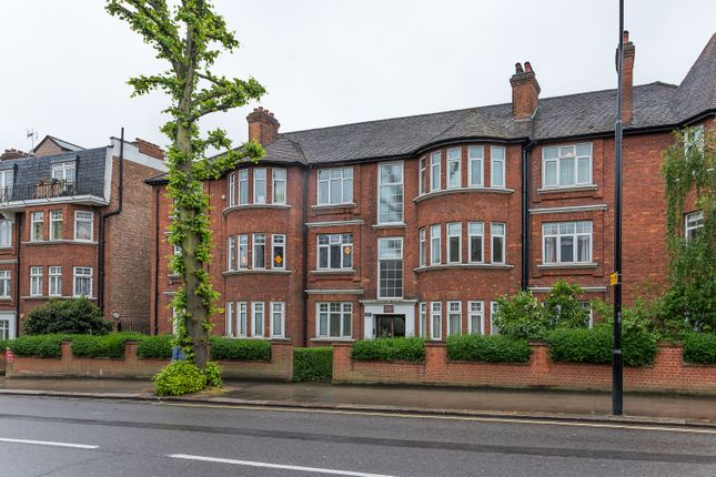 Thumbnail Flat for sale in West Hampstead, London