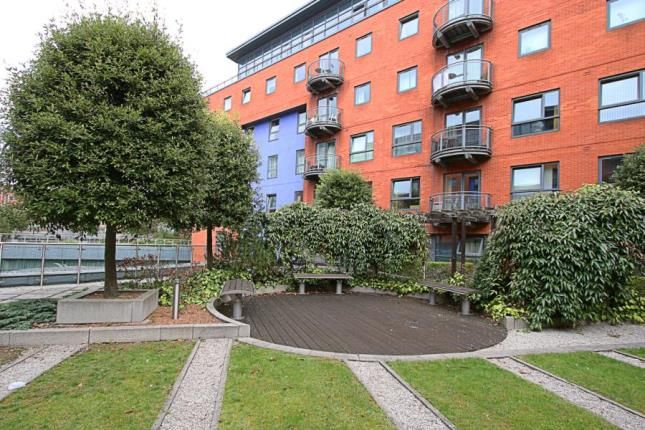 Communal Gardens of West One Plaza 1, 9 Cavendish Street, Sheffield, South Yorkshire S3
