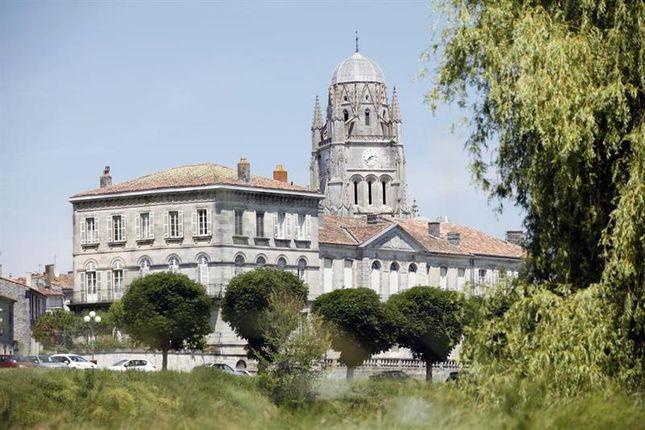 Saintes Property For Sale