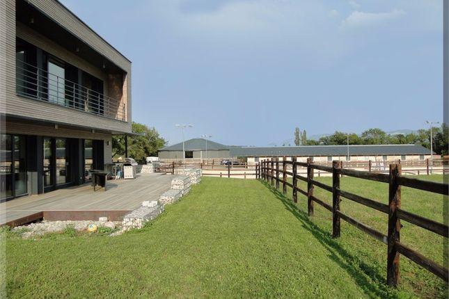 Thumbnail Equestrian property for sale in Rhône-Alpes, Ain, Farges