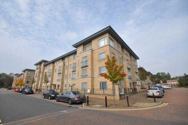Thumbnail Flat to rent in Fitzwilliam Street, Bletchley, Milton Keynes