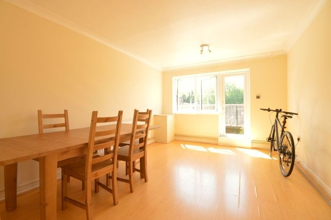 Thumbnail Flat to rent in Old London Road, Kingston Upon Thames