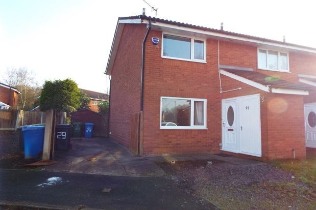 2 bed property to rent in Palliser Close, Birchwood, Warrington