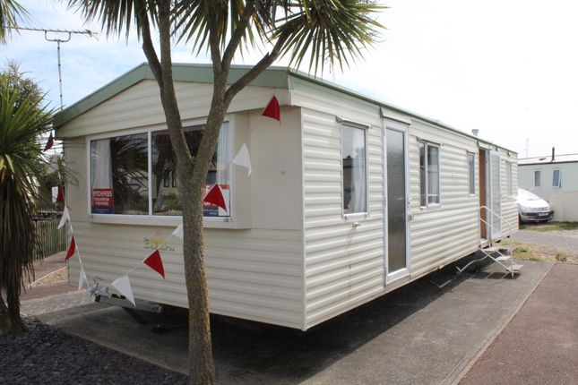 3 bed mobile/park home for sale in Suffolk Sands Holiday Park, Felixstowe
