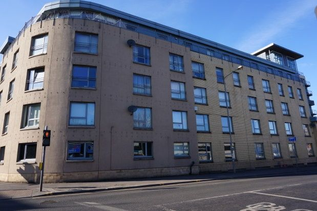 Thumbnail Flat to rent in Barrland Street, Glasgow