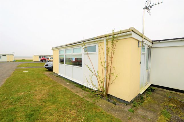 Externally of Carmarthen Bay, Kidwelly SA17
