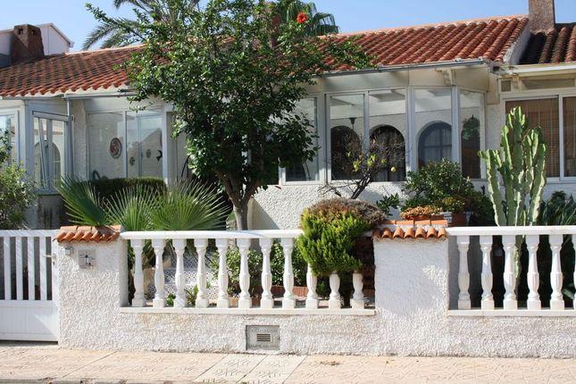 2 bed bungalow for sale in Los Urrutias, Murcia, Spain