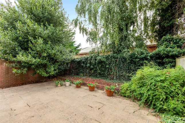 Garden of Park Road, Henley-On-Thames, Oxfordshire RG9
