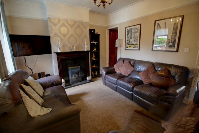 Lounge Photo 1 of Albion Road, Willenhall WV13