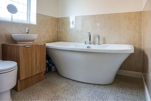 Bathroom of Bulwick Avenue, Scartho, Grimsby DN33