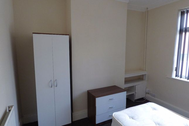 Thumbnail Terraced house to rent in Room 3, West Avenue, Stoke On Trent