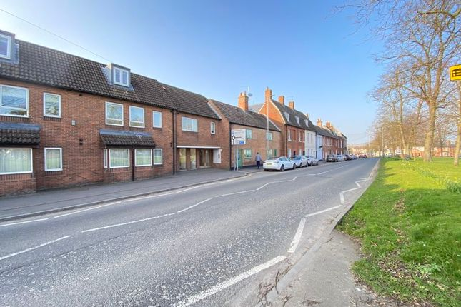 1 bed flat to rent in Southbroom Road, Devizes SN10