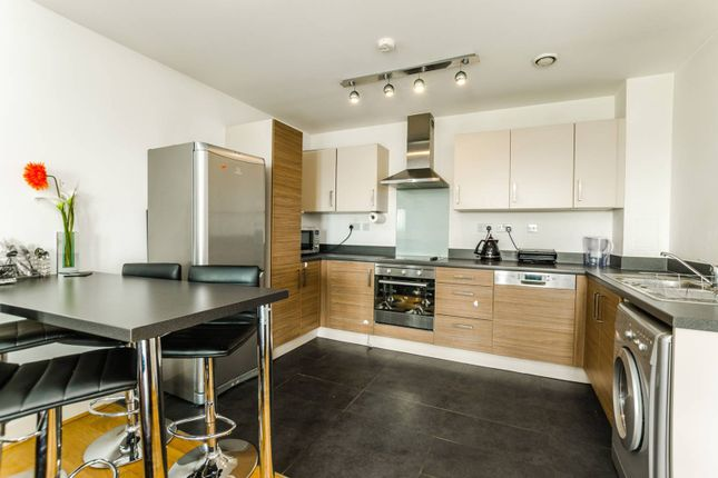 Thumbnail Flat to rent in Katherine Close, Manor House, London