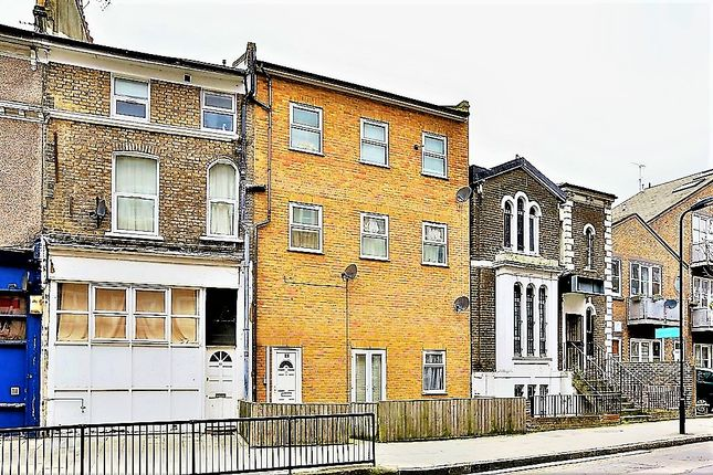 Thumbnail Flat to rent in Barnabas Road, London