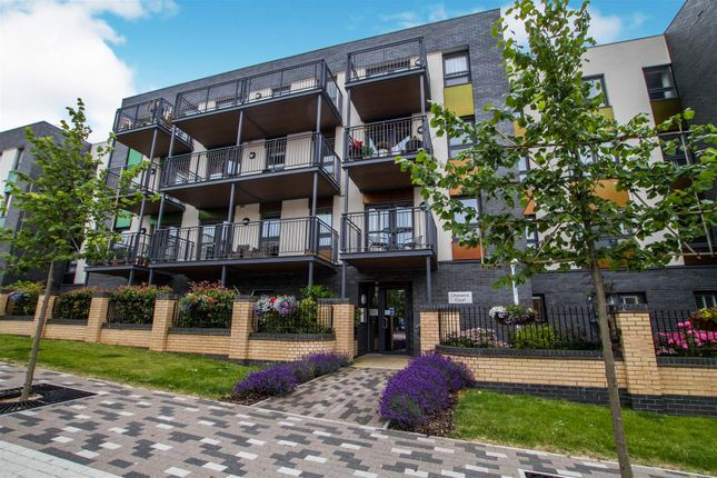 Thumbnail Flat for sale in 25 Cheswick Court, Long Down Avenue, Bristol