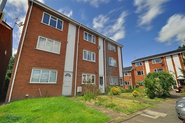 Thumbnail Semi-detached house for sale in Trelawney Close, Worcester