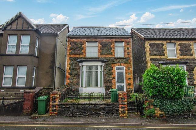 5 bed shared accommodation to rent in Llantwit Road, Treforest, Pontypridd CF37