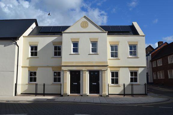 Thumbnail Flat to rent in Newport Street, Tiverton