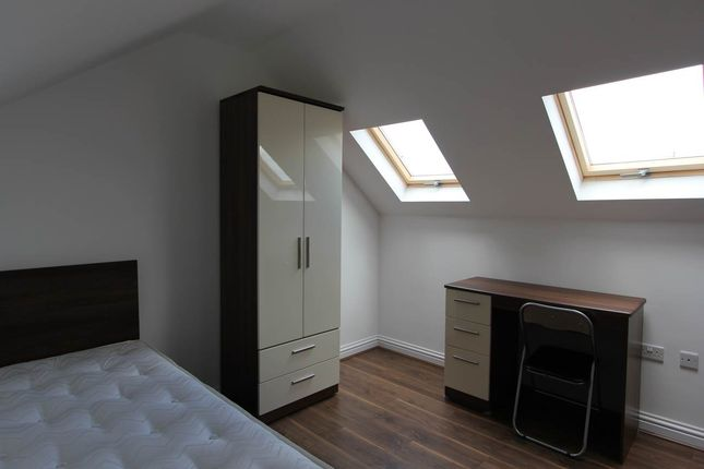 Thumbnail Shared accommodation to rent in Kensington L6, Liverpool,
