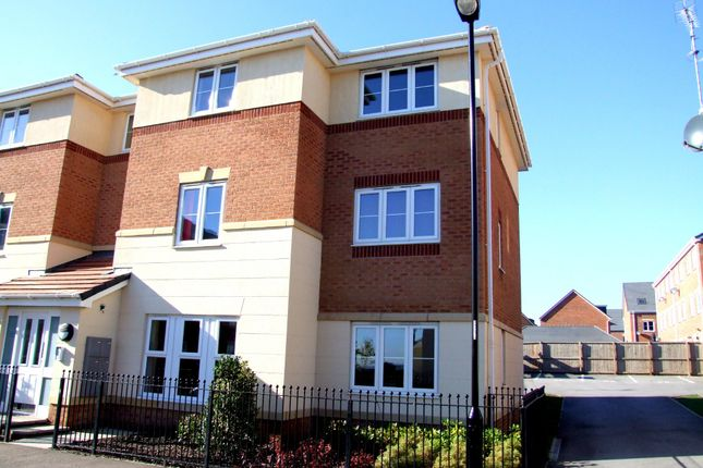 Thumbnail Flat to rent in Doveholes Drive, Handsworth
