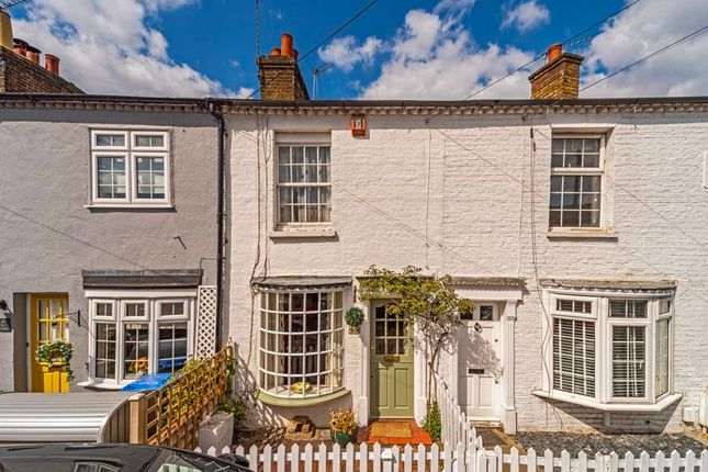 1 bed terraced house for sale in Southbank, Thames Ditton KT7