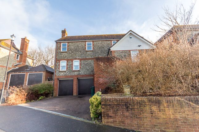 Thumbnail Detached house to rent in Woodland Walk, Ovingdean, Brighton