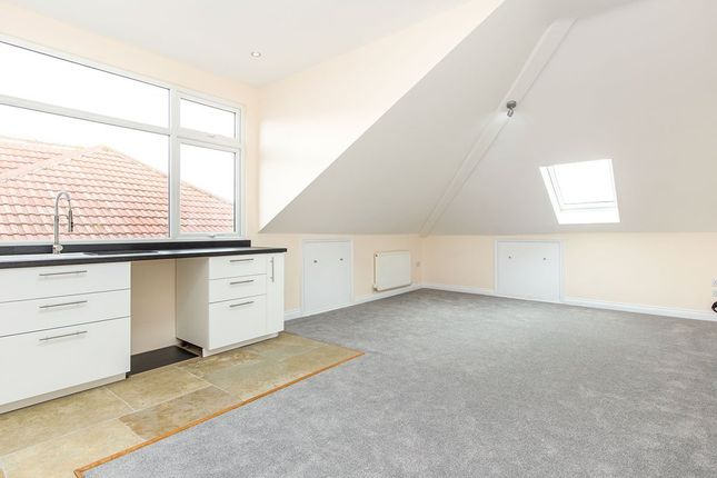 Thumbnail Maisonette to rent in St. Davids Road, Southsea