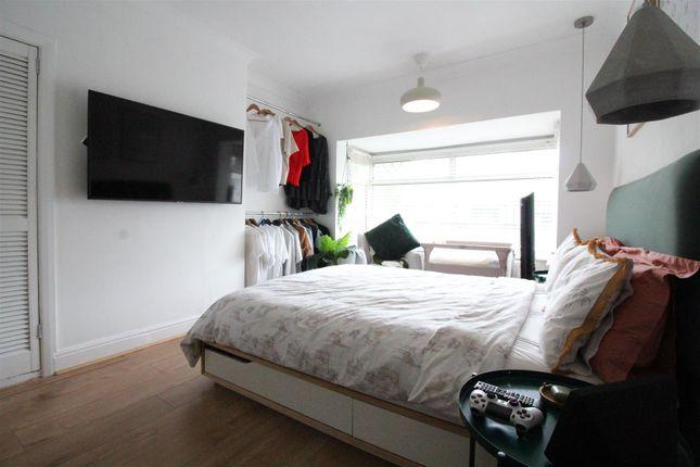Bedroom 1 of Barrington Avenue, Hull HU5