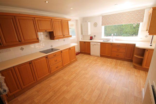 Open Plan Kitchen And Breakfast Room