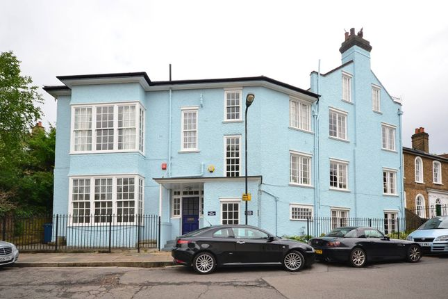 Thumbnail Flat for sale in West Hill, Harrow On The Hill