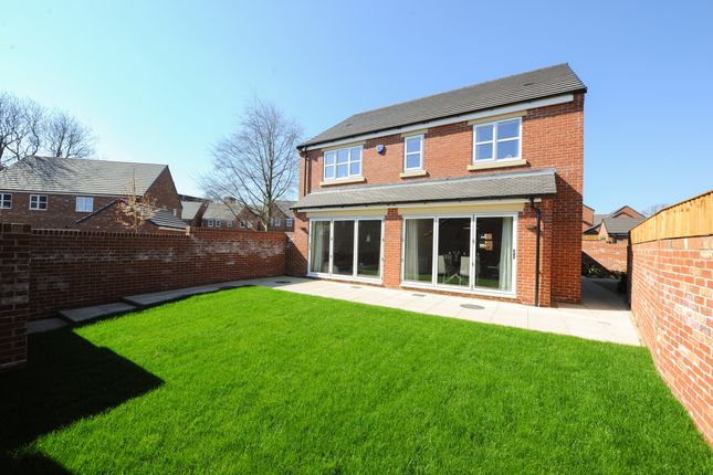 Thumbnail Detached house for sale in 24 Hunters Walk, Chesterfield