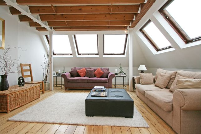 Thumbnail Maisonette to rent in Cricklade Avenue, Streatham Hill