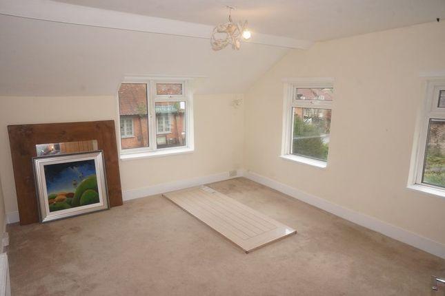 Thumbnail Flat to rent in High Street, Selborne, Alton