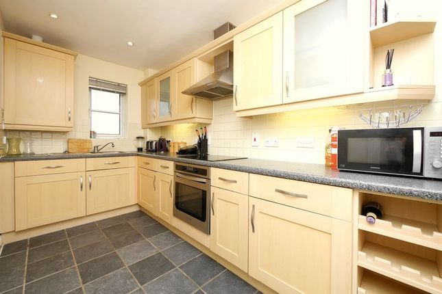 Kitchen of Barley Close, Wallingford OX10