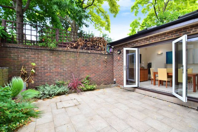 Thumbnail Property for sale in Condray Place, Battersea Square
