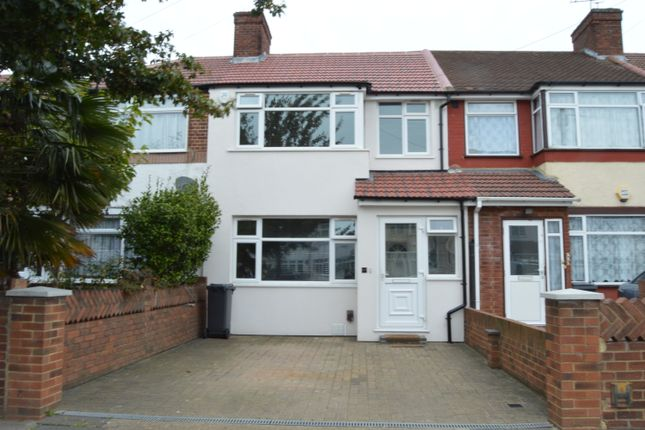 3 bed terraced house for sale in Wentworth Road, Southall
