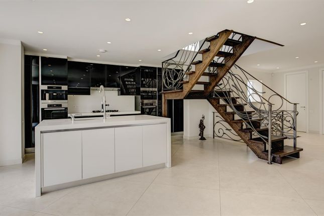 Property to rent in Church Mount, Hampstead Garden Suburb, London