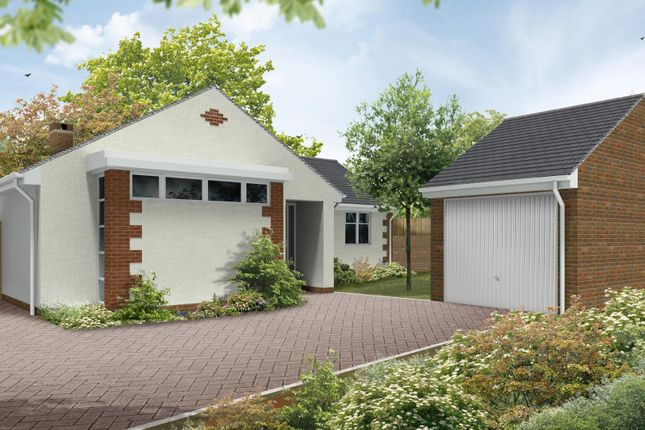 Thumbnail Bungalow for sale in Plowenders Close, Addington, West Malling