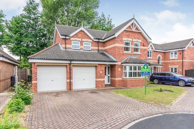 Thumbnail Detached house to rent in Headingley Close, Kirk Sandall, Doncaster