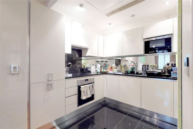 Picture No. 02 of Peninsula Apartments, London W2