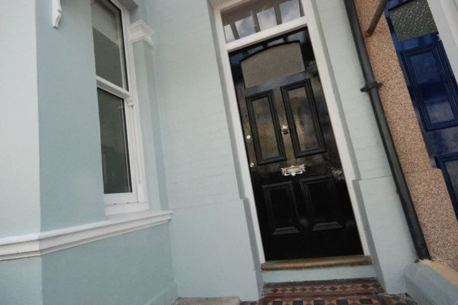 3 bed terraced house to rent in Wembury Park Road, Peverell, Plymouth