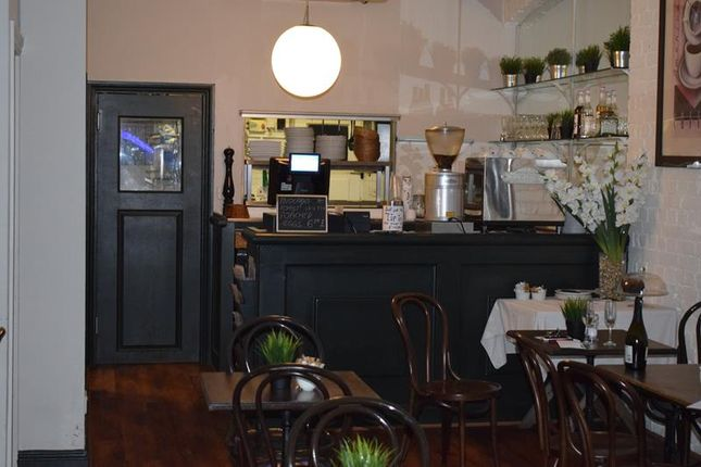 Thumbnail Restaurant/cafe to let in 46 Fortis Green Road, Muswell Hill, London