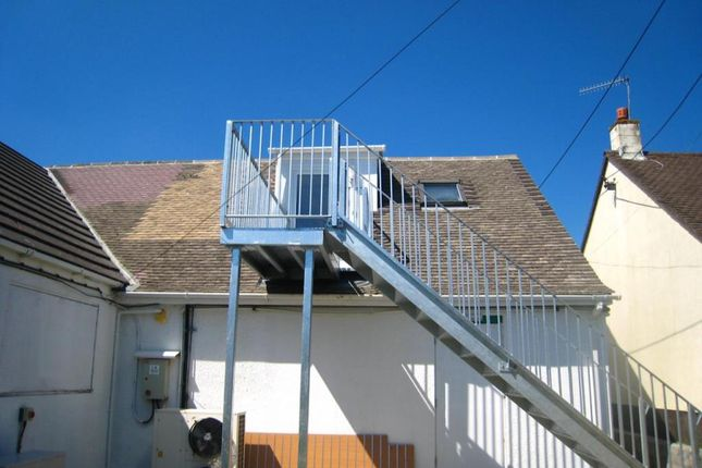 Thumbnail Flat to rent in Rock Lane, Bodmin, Cornwall
