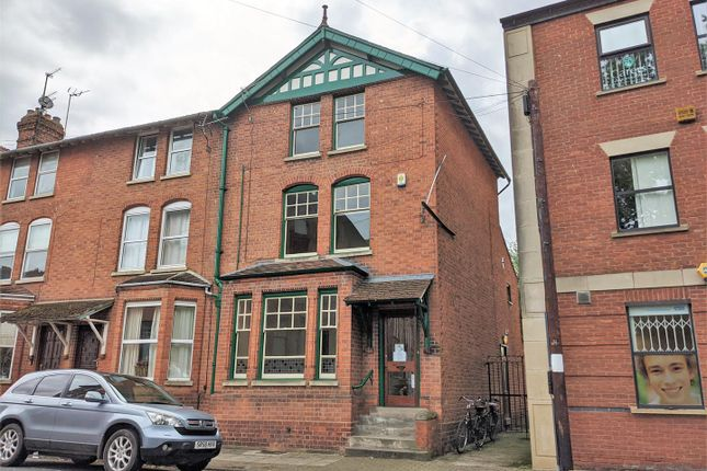 Thumbnail Town house for sale in St. Michaels Square, Gloucester